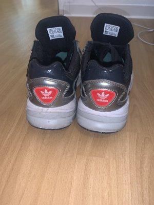 Adidas Zapatillas altas negro-color plata