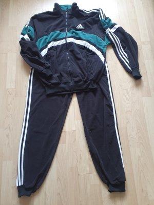 adidas / Trainingsanzug / Jogginganzug / NEU/ Größe 42/44