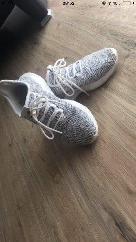 Adidas Tubular Grau