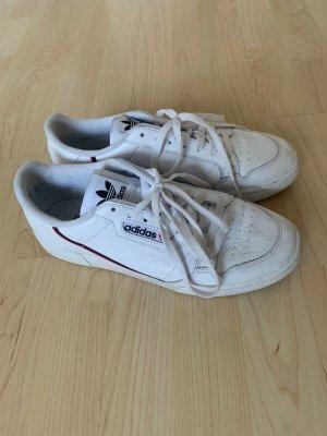 Adidas Sznurowane buty biały