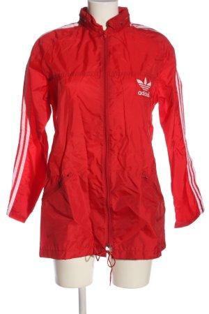 Adidas Übergangsjacke rot-weiß Streifenmuster Casual-Look