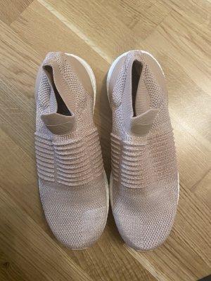 Adidas Ultraboost 40