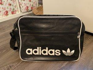 Adidas Umhängetasche schwarz weiß sporttasche