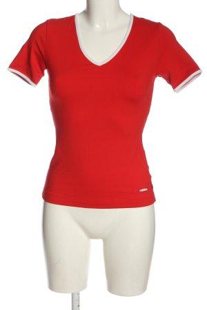 Adidas T-shirt col en V rouge style décontracté