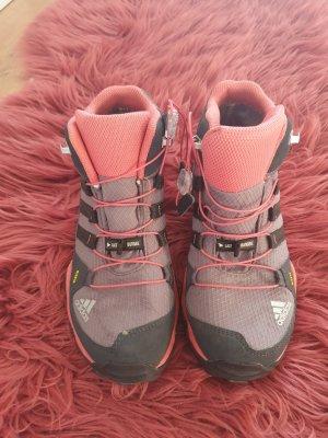Adidas Wanderschuhe