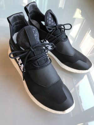 Adidas Y-3 by Yamamoto Sneakers schwarz weiß