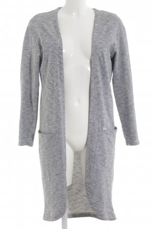ADPT. Cardigan meliert Casual-Look