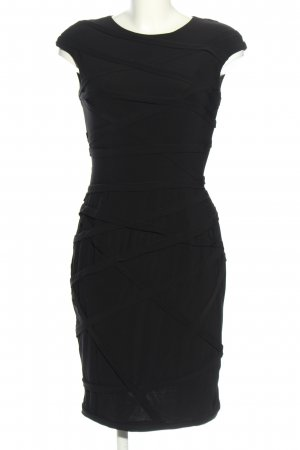 Adrianna Papell Vestido ceñido de tubo negro look casual