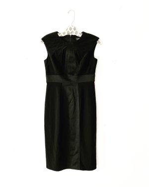 Adrianna Papell Vestido ceñido de tubo negro