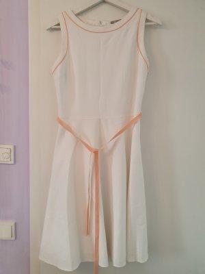 Ärmelloses Midi Kleid in weiß mit Apricot Seiden-Schleife