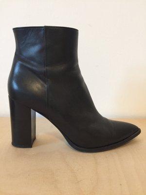 Aeyde Selina Black 40 schwarze Stiefeletten mit Absatz Leder