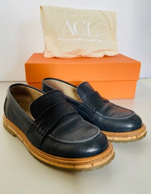 AGL College Slipper
