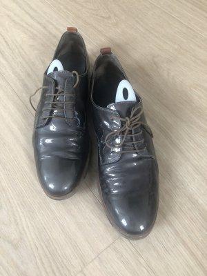 AGL Sznurowane buty ochra
