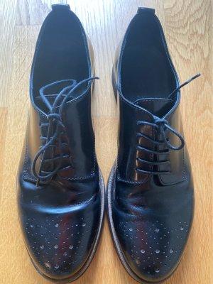 AGL Sznurowane buty czarny-złoto