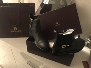 Aigner Boots