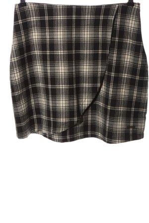 AIKI KEYLOOK Miniskirt check pattern casual look