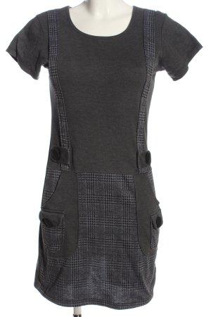 Aiki Robe à manches courtes gris clair motif à carreaux style décontracté