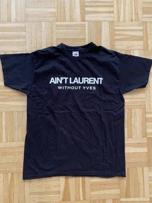 Ain't Saint Laurent tshirt blogger