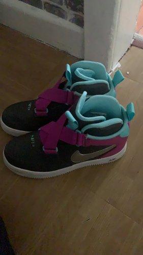 Nike Heel Sneakers grey-lilac
