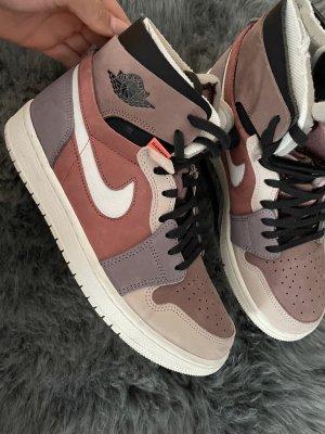Air Jordan 1 High Canyon Rust
