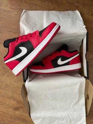 Air jordan 1 low red Neu 100% original !!