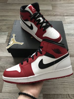 Air Jordan 1 Mid GS - Chicago 2020 (White Toe/Gym Red)