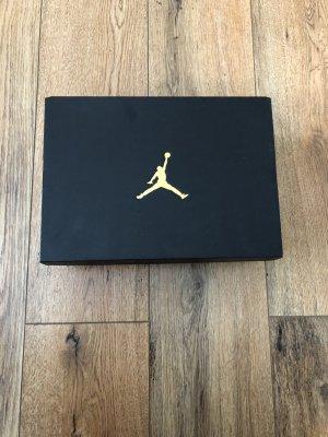 Air Jordan 1 Mid Paint Drip Se (Gs) 7y// Eu 40 //