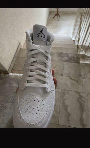 Air Jordan Buty skaterskie biały