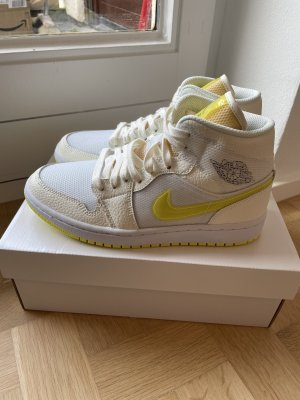 Air Jordan Sneakers met veters wit-geel