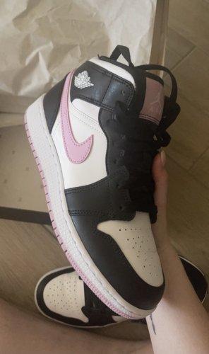 Air Jordan 1 Mid 'White Light Arctic Pink' GS