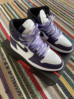 Air Jordan 1 Retro High OG Purple