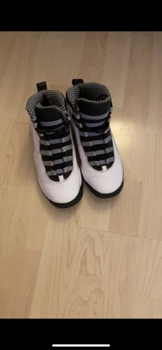 Air Jordan Lace-Up Sneaker grey-white