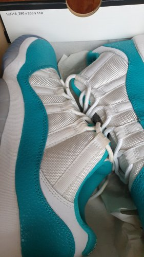 "Air Jordan 11 Retro Low (GS) ""Turbo Green"" 580521 143"