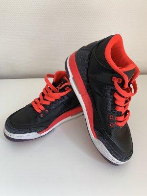 Air Jordan 3 Retro 37,5 aber besser für 36,5