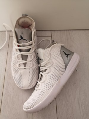 Air Jordan High top sneaker wit-zilver