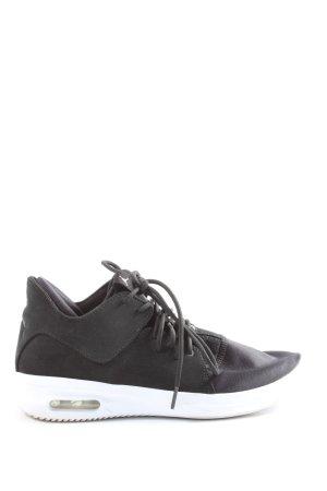 Air Jordan Lace-Up Sneaker black casual look