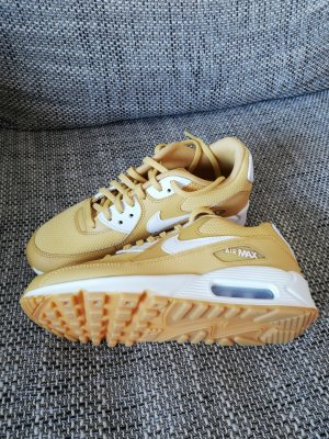 Nike Basket à lacet jaune