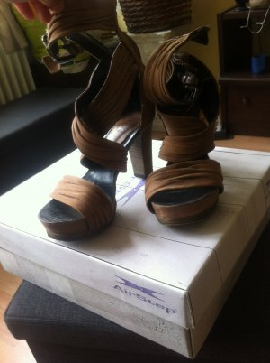 Air Step High Heels cognac-coloured leather