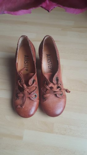 Air Step Pumps brown-cognac-coloured