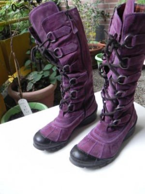 Air Step Winter Boots purple suede