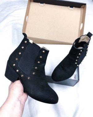 Akira Chelsea Boots Schwarz Nieten Blogger 36