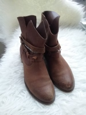 Akira Stiefel/Boots Größe 39