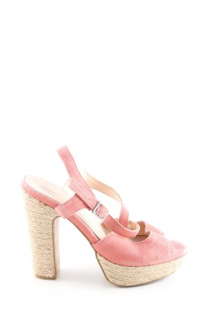 Akira Wedge Sandals pink casual look