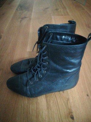 Akira Bottines à lacets noir
