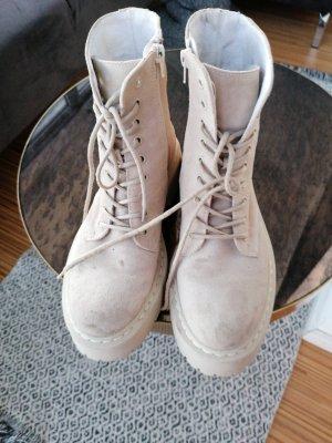 Aktuelle Chunky Boots