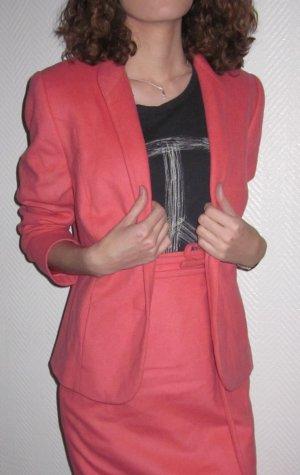 ALBA MODA Kostüm Anzug Kombi 2 Teile! Wolle und Kaschmir! Blazer Jacke und Rock lang Maxirock Gehschlitz vorn seitlich lachs apricot farben Pastellfarbe Größe 32 34 XS
