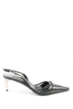 Alberto Gozzi Zapatos de punta negro look casual