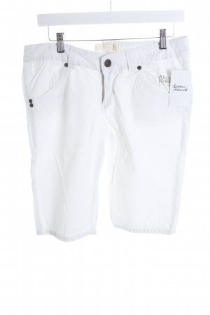 Alcott Bermuda blanco look casual