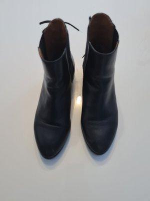 Aldo Lace-up Booties black