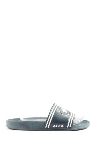 Alex Pantuflas azul-blanco puro look casual